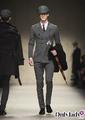 Burberry面向全球推出男士裁制服饰