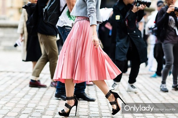 fashion-street-style-2014-09-lfw-streetstyle-46