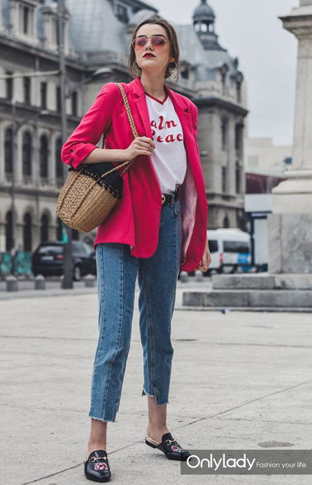 Zara-pink-blazer-retro-graphic-t-shirt-step-hem-two-tone-mom-jeans-tinted-sunglasses-gucci-loafers-woven-bag-andreea-birsan-couturezilla-13-683x1024