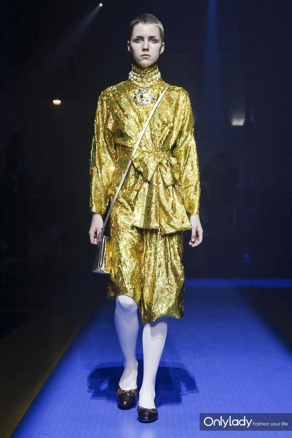 Gucci-RTW-SS18-Milan-2863-1505921627-bigthumb