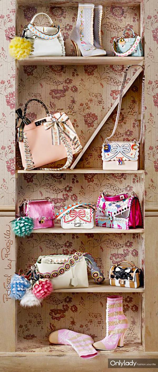 d8500f3755ce83ce21ccae9f0254b41c--designer-bags-designer-handbags
