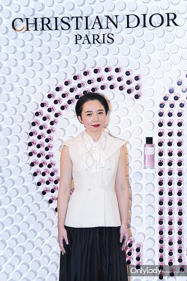 Dior迪奥香氛世家大使 知名艺术家刘丽杰