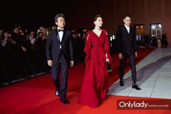 刘诗诗佩戴NIRAV MODI妮华莫迪珠宝出席电影《心理罪之