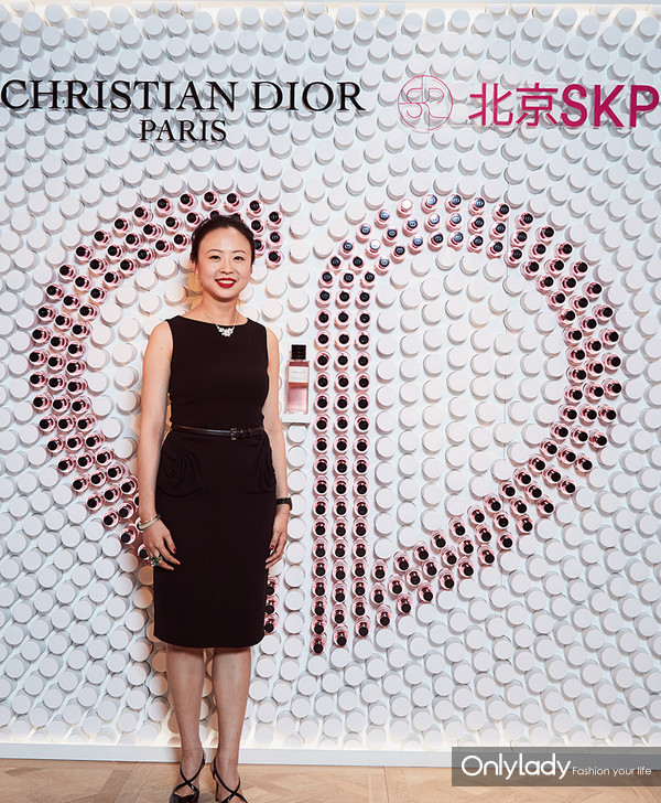 Dior迪奥香氛世家大使 知名葡萄酒行业专家佟莉莉