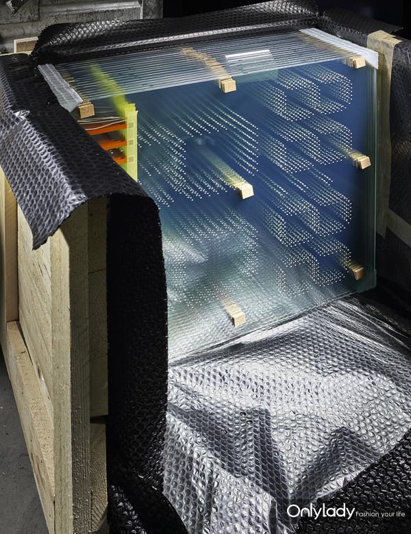 8:天梭表LED玻璃