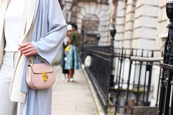 London-Fashion-Week-AW-2015-street-style-chloe-drew-bag-pink