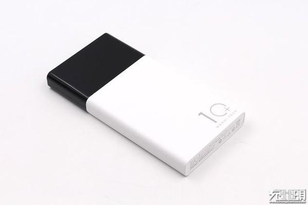 轻薄便携带数显:魔睿推出ML10移动电源,容量10000mAh