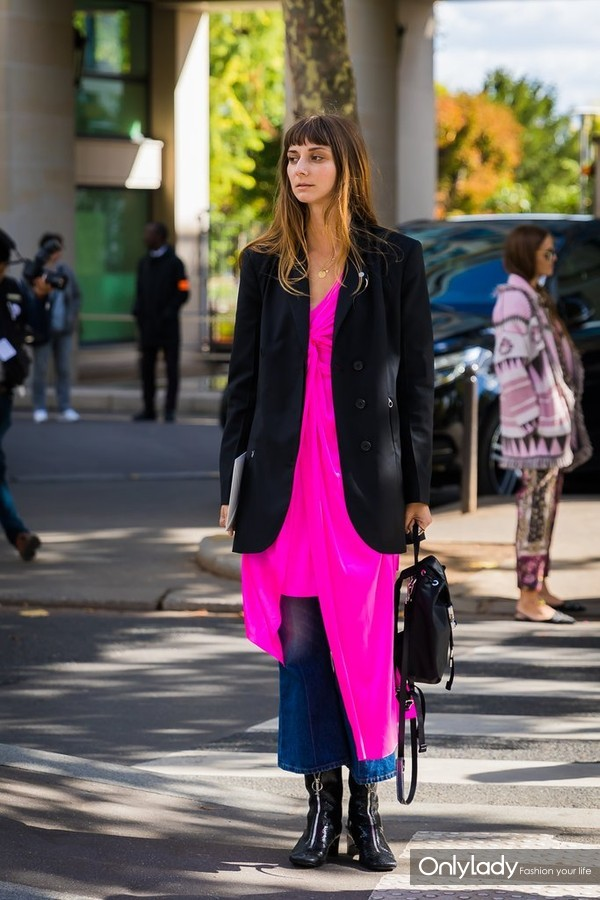 Give-Off-Illusion-Longer-Legs-Asymmetrical-Slip-Long-Coat