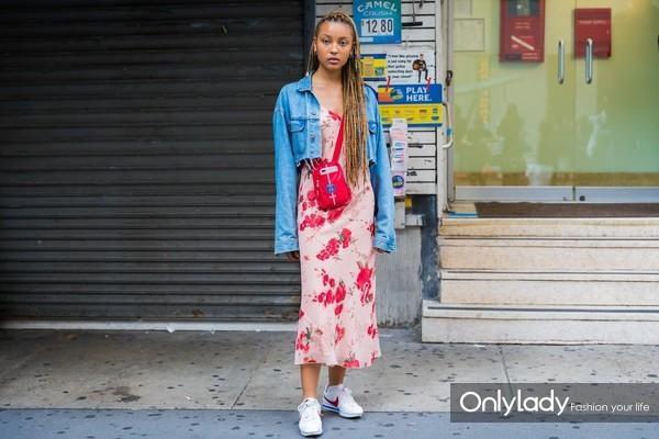 Wear-Yours-Under-Cropped-Denim-Jacket-Crossbody-Bag-Sneakers