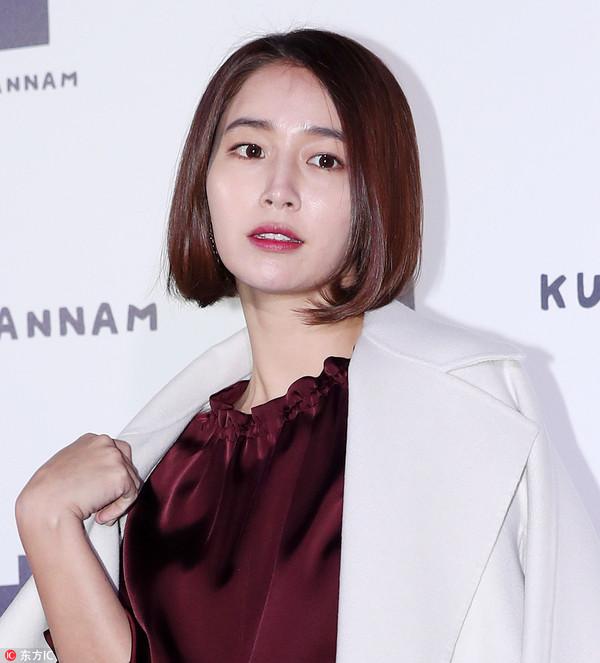 2017年10月12日,韩国首尔,众星出席时尚活动。李珉廷