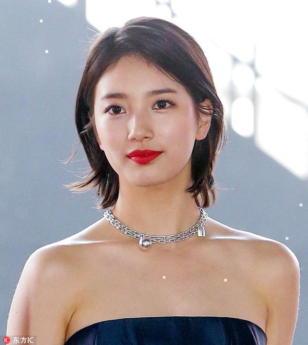 2017年5月3日,韩国首尔,第53届百想艺术大赏红毯。裴秀智