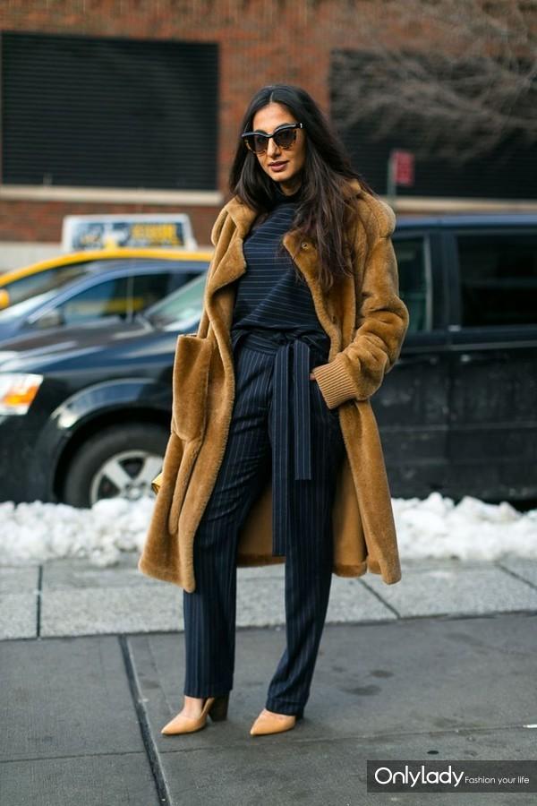 a8640dd5039d65d04a1ada145fbc7929--fluffy-coat-camel-coat