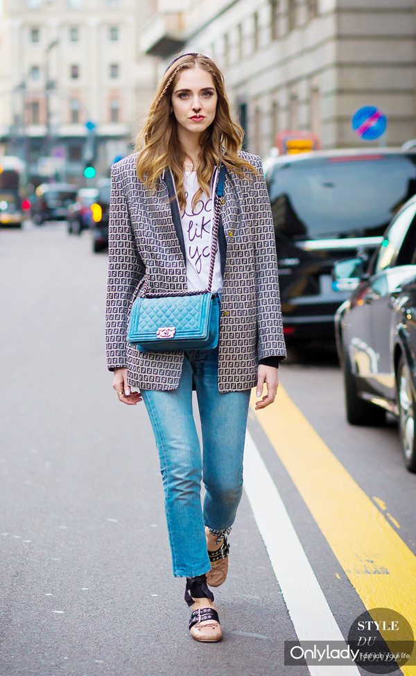 Chiara-Ferragni-The-Blonde-Salad-by-STYLEDUMONDE-Street-Style-Fashion-Photography0E2A6065