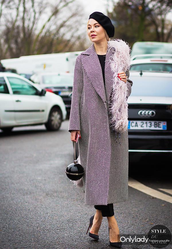 Ulyana-Sergeenko-by-STYLEDUMONDE-Street-Style-Fashion-Photography0E2A6224-700x1050@2x