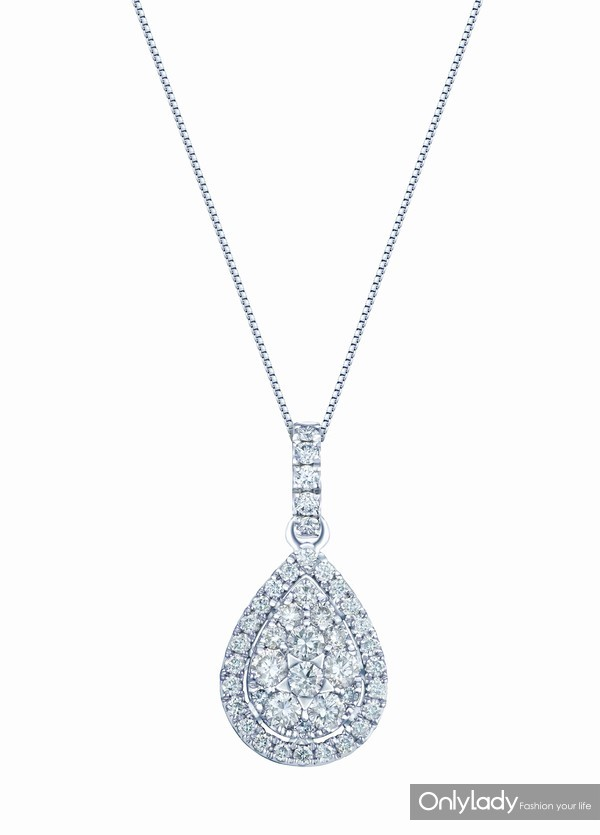 配图3-18K白色黄金配镶白色钻石项链右:参考价格RMB 9,990元
