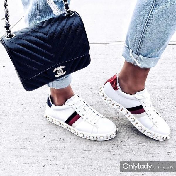 f2e2c0ab11c162f6c353afc694ac46a4--gucci-bags-gucci-sneakers-women