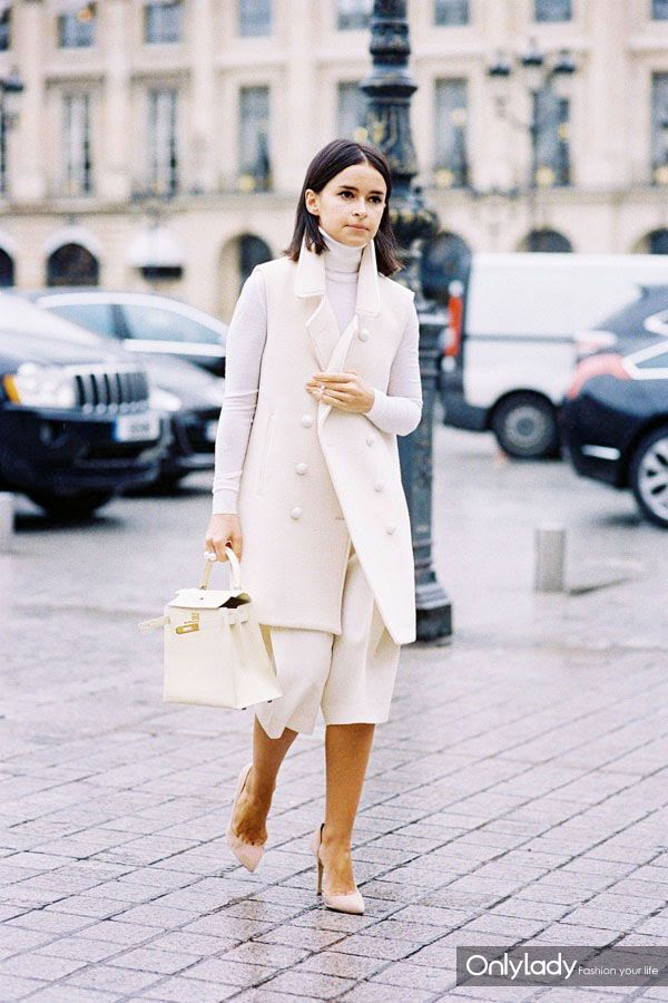 2.-culottes-with-winter-white-coat