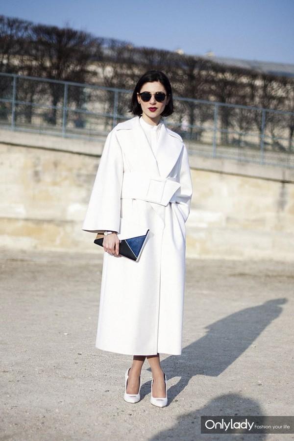 086e8de67cd85f686d60151ba99f0957--white-coats-long-coats