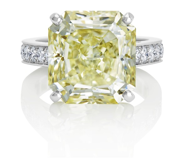 De Beers���ȶ�˹Old Bond Street�����ָ