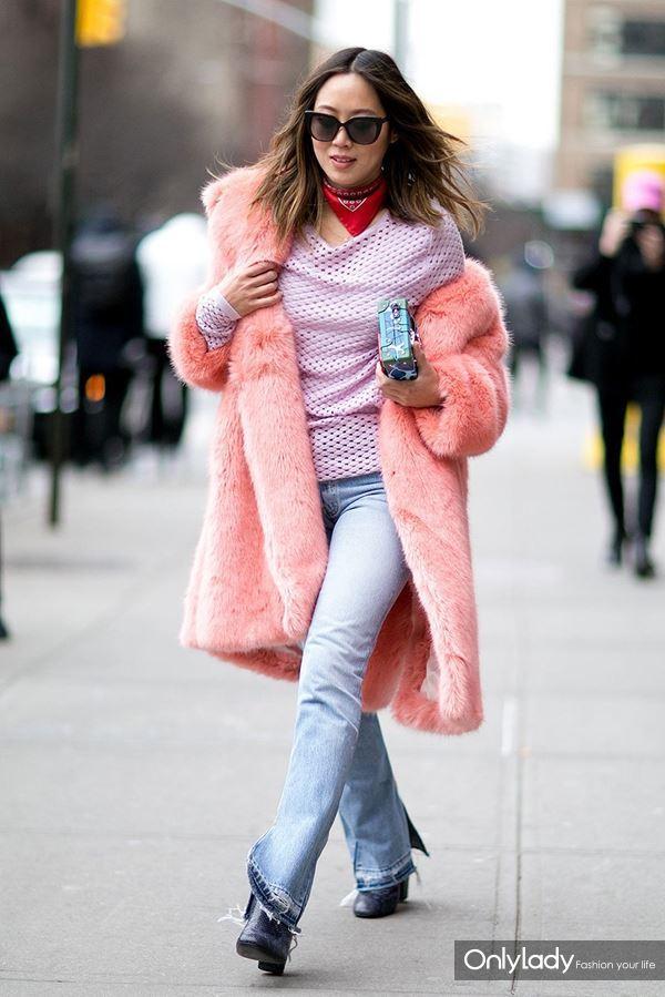 fur-coat-street-style-new-york-2016-2017-10