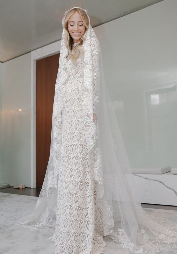 1-harley-viera-newton-wedding-dress-fitting