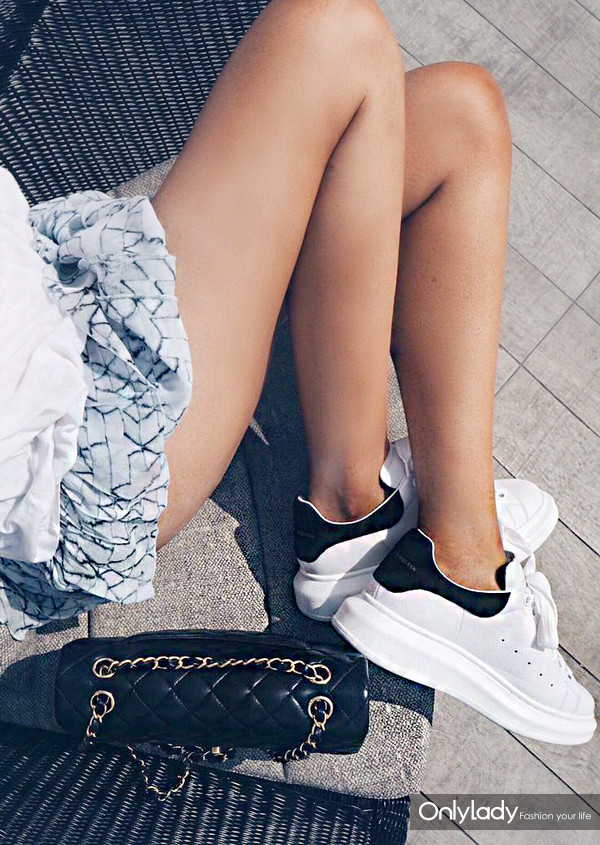 3b5024ebe50711d5b9f7bfcb6f7cb5da--womens-sneakers
