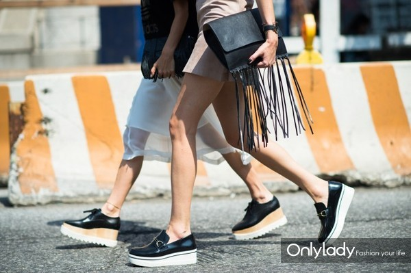 Fringes-2015-Chic-Street-Style-Trends-21-700x466