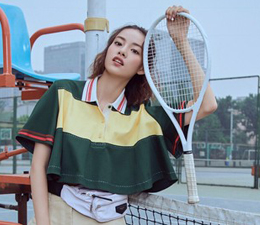 她拍照自带胶片风,还搭档刘嘉玲、梁家辉演电影!