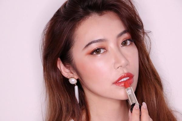 史上最全!2018新款安娜苏口红试色:24色唇膏+7色唇釉