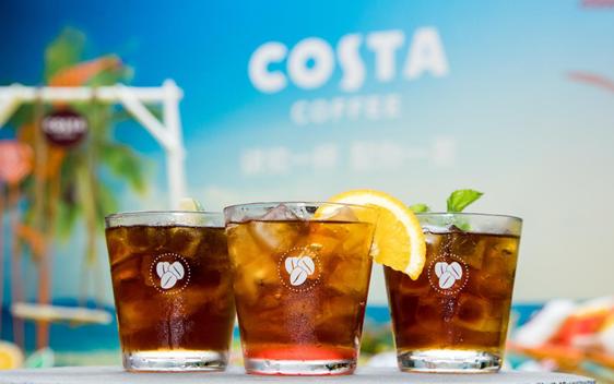 夏日小酌配精致海滩风 COSTA玩出咖啡新花样