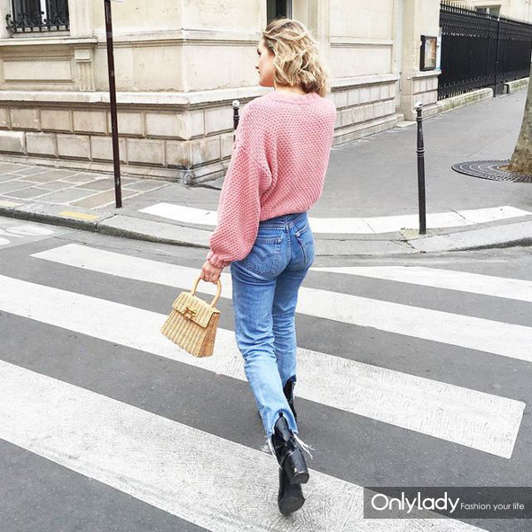 french-girl-style-2017-trends-214475-1485457509-fb