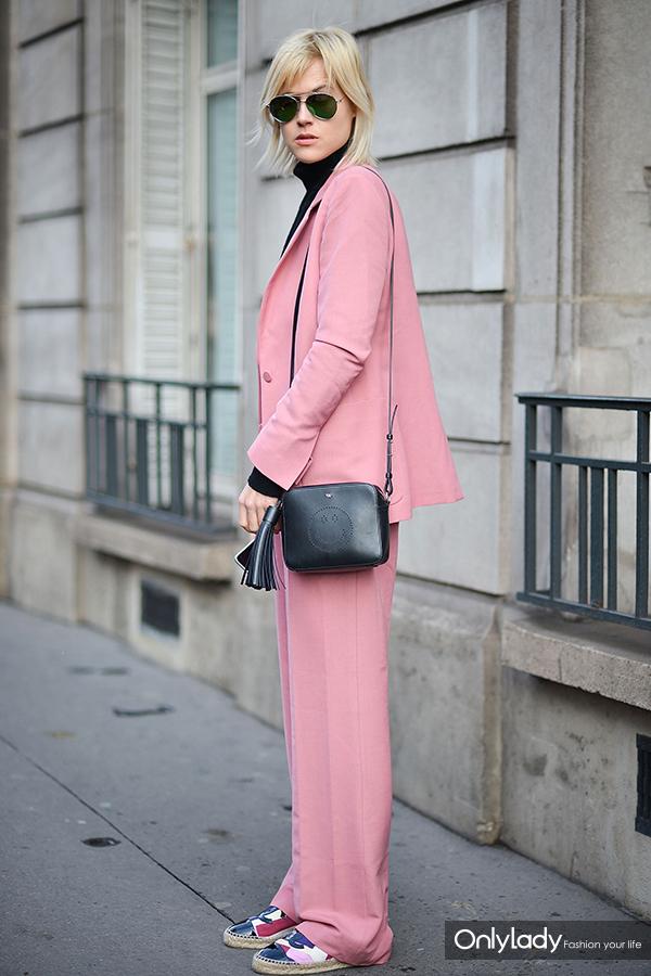 pink-683x1024