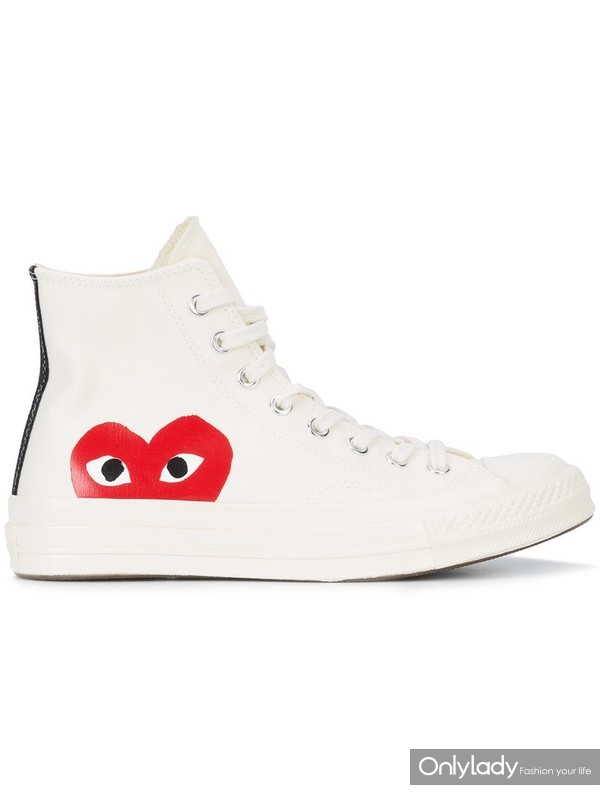 Comme des Garcons Play x Converse Chuck Taylor爱心板鞋