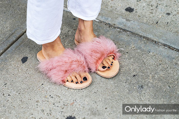 street-style-shoes-spring-2017-nyfw-21