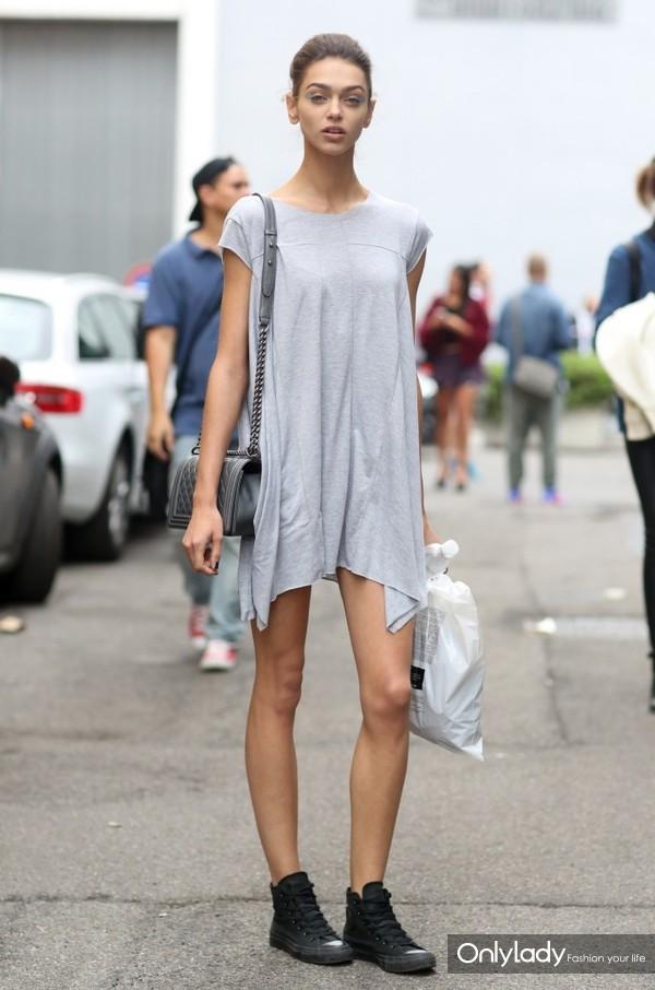 Model-Summer-Street-Style-Looks-2-700x1057
