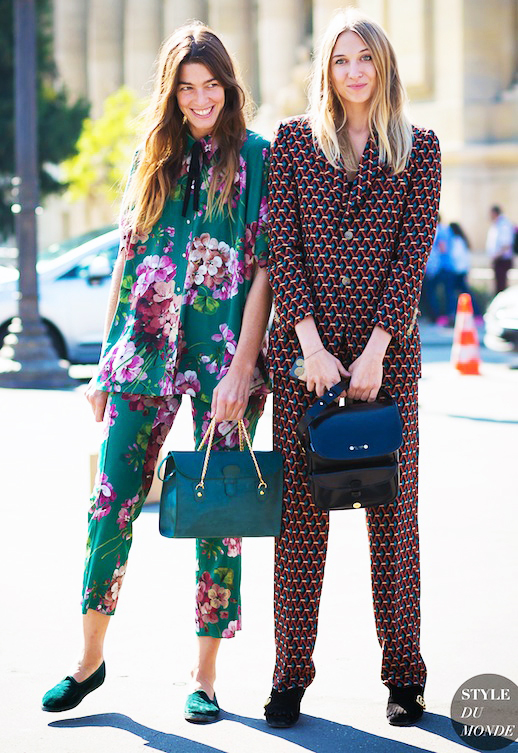 Le-Fashion-Blog-Street-Style-Trends-Printed-Matching-Pajama-Set-Teal-Shoulder-Bag-Leather-Tote-Green-Flats-Heels-Via-Style-Du-Monde