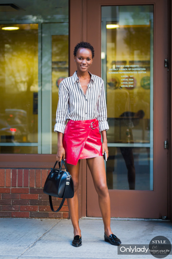 Herieth-Paul-by-STYLEDUMONDE-Street-Style-Fashion-Photography0E2A7559-600x900