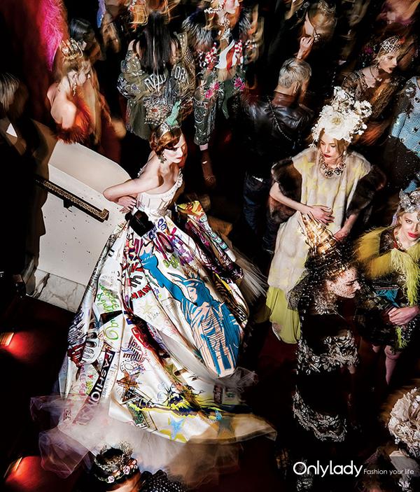 全世界最奢华最神秘的时装秀,只有300人有资格看