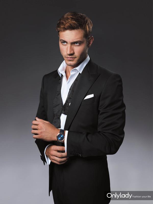 图9:天梭卓越系列男士腕表