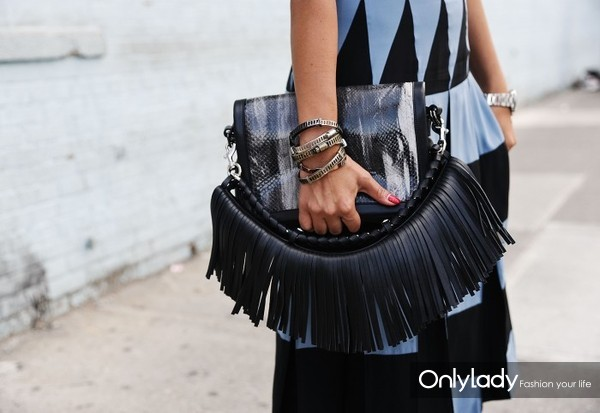 Fringes-2015-Chic-Street-Style-Trends-13-700x482