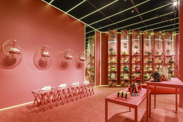 Valentino Candystud工场登陆北京三里屯 打造限时梦幻体验