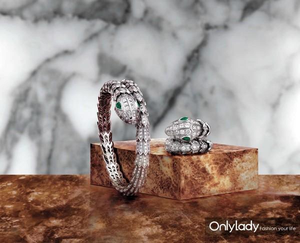 BVLGARI宝格丽2018 全新Serpenti系列手镯和戒指