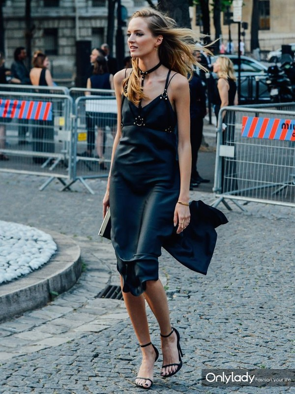 slip-dress-outfits-summer-street-style-9
