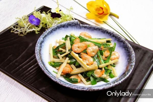 上海明捷万丽酒店春季菜品韭菜春笋炒白虾