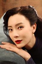 《和平饭店》热播 女主陈数带了49支唇膏进剧组 嗲!