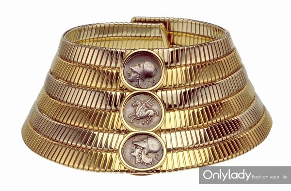 宝格丽Tubogas希腊银币双色金颈链,创作于1974年