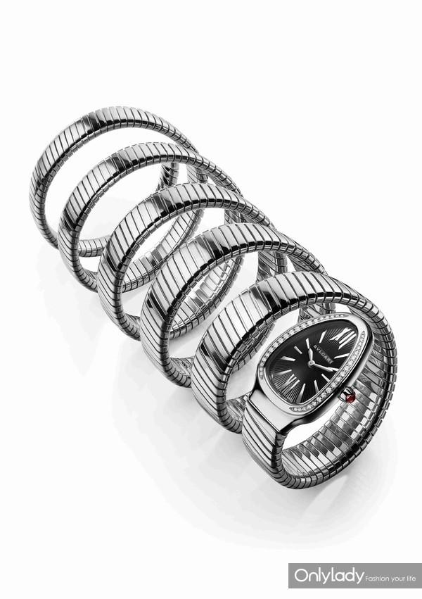 宝格丽Serpenti系列精钢七环腕表