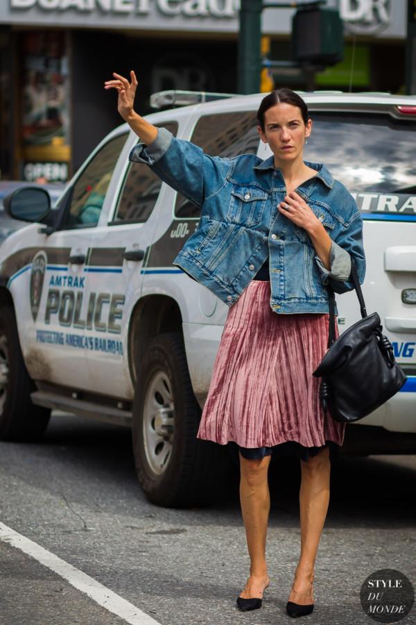Melissa-Ventosa-Martin-Balenciaga-Jacket-by-STYLEDUMONDE-Street-Style-Fashion-Photography0E2A3547-600x900