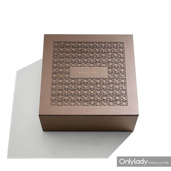 宝格丽七夕限定款包装礼盒 于线上精品店购买还可获得Video定制包装礼盒