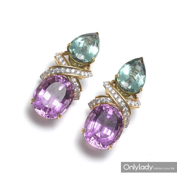 18K黄金和铂金镶嵌钻石、碧玺、紫锂辉石耳环,来自蒂芙尼古董珍藏库